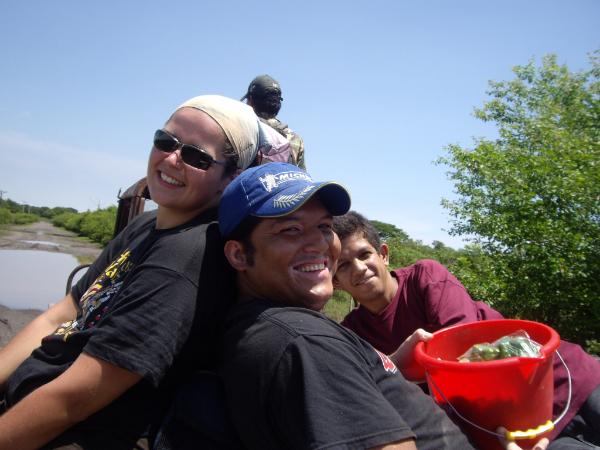 Viki, Uriel e Jose